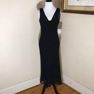 Jones New York dress. Size 10. 100% Silk